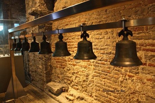 carillon formato da ben 54 campanelle