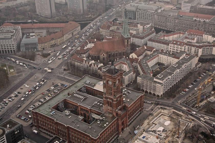 Vista del Quartiere Nikolaiviertel dalla Fernsehturm