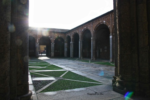 Atrio Chiesa di Sant'Ambrogio