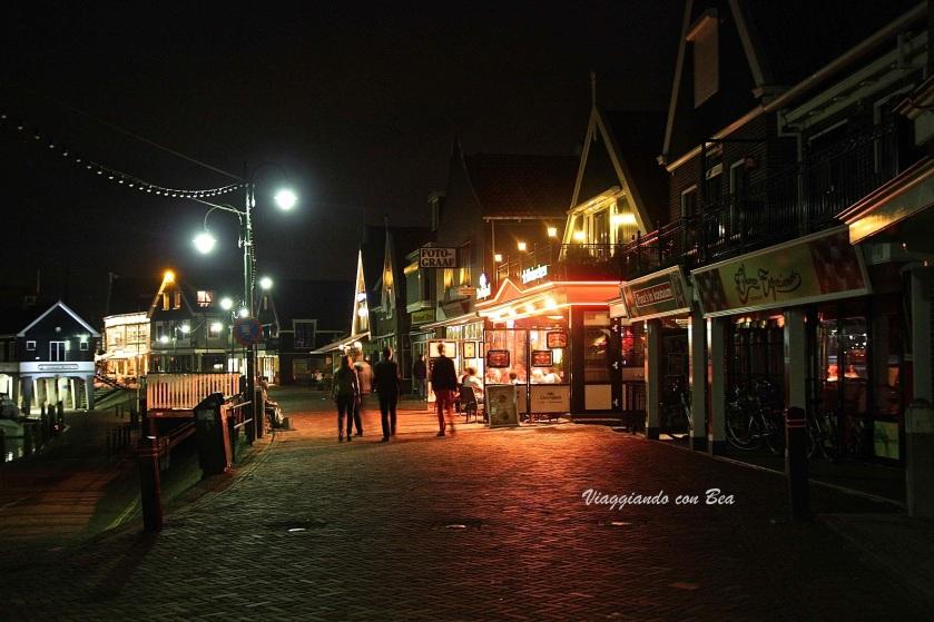 Volendam - passeggiata notturna