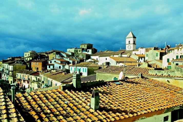 Veduta sui tetti di Capoliveri