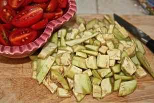 ridurre in tocchetti le verdure