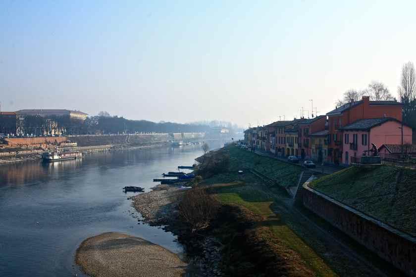 Borgo Ticino scorcio dal Ponte Coperto